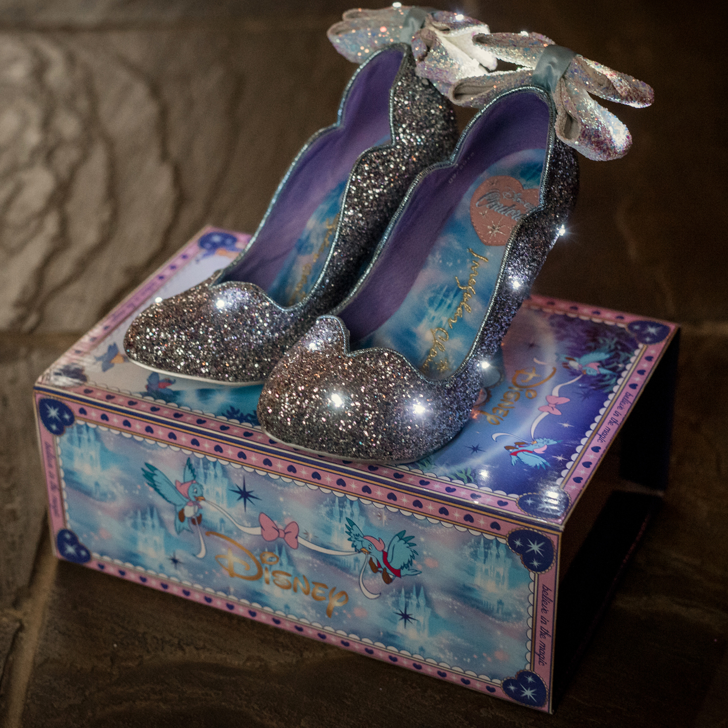 Disney themed wedding shoes, cinderella wedding shoes