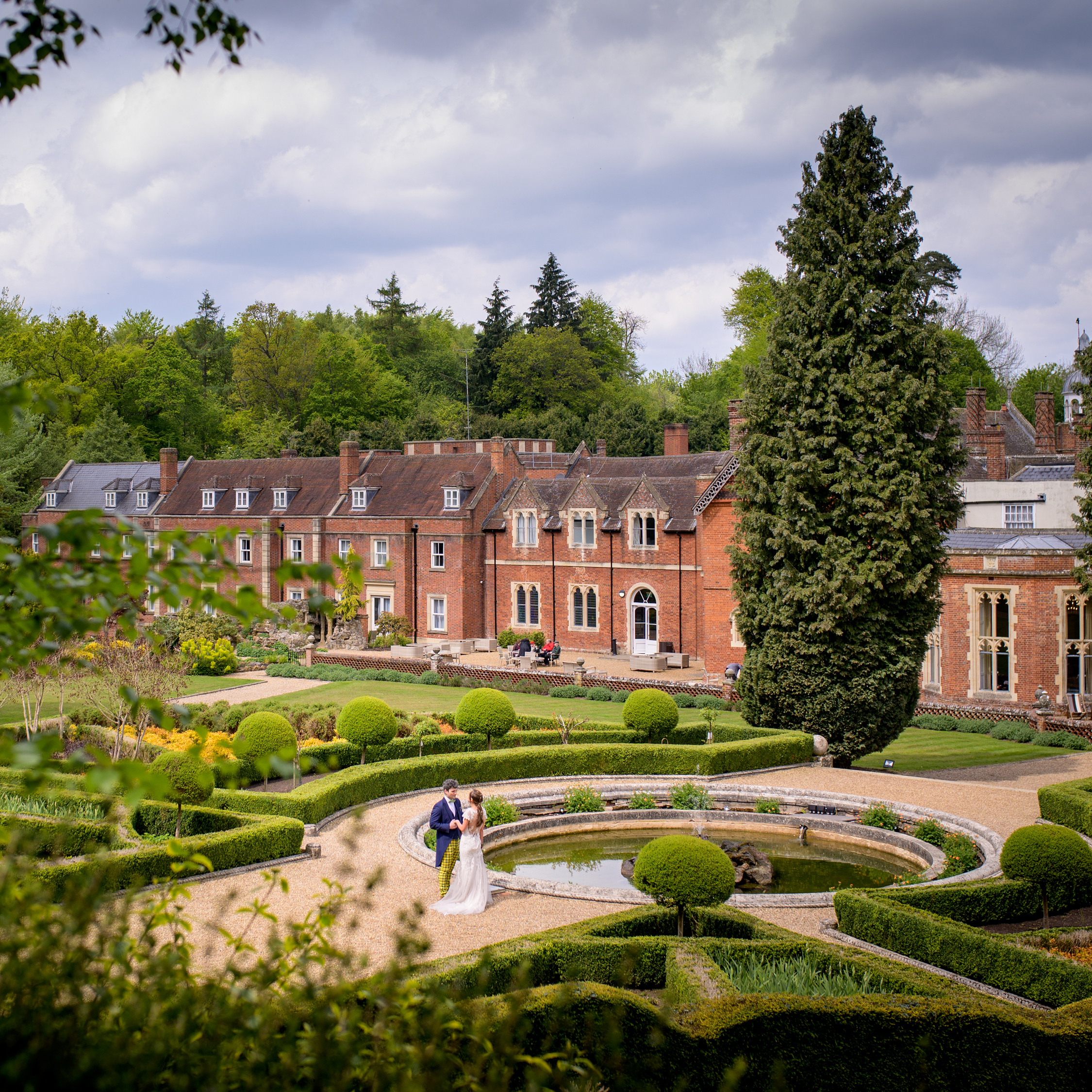 Hayley B weddings, Wotton House recommended, Surrey photographer