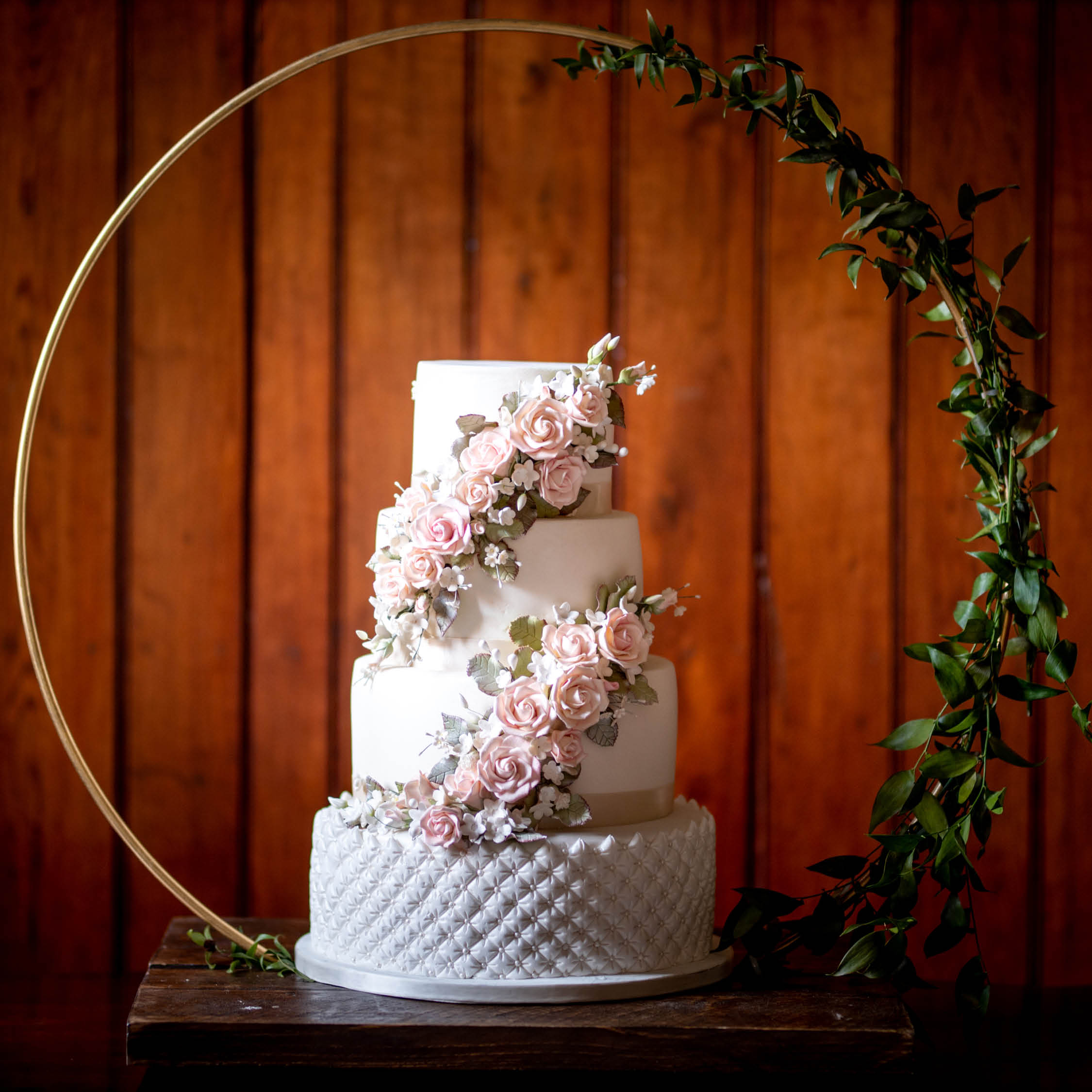 Ideas for an intimate wedding, intimate wedding cakes