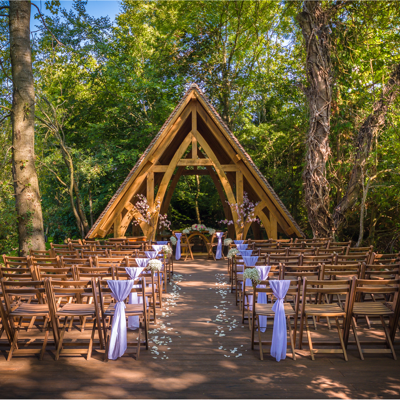 Outdoor Wedding Illinois: Wedition: Rivervale Barn