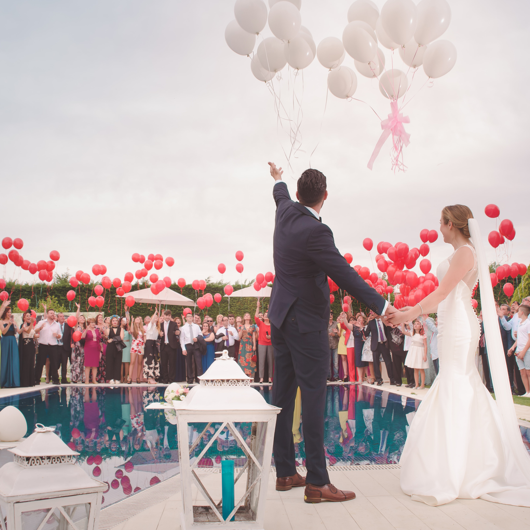 wedding balloon release, wedding decorations with balloons
