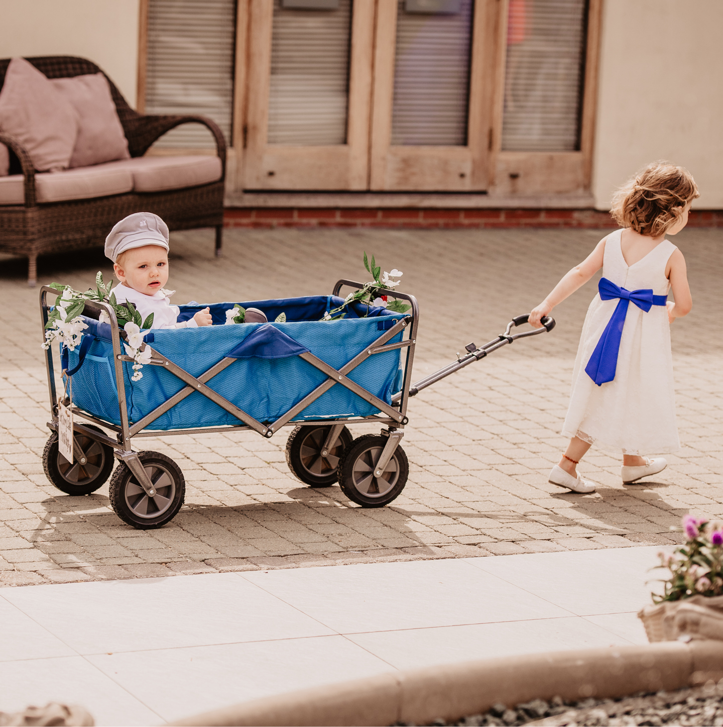 What do ring bearers do, bridal party, wedding party jobs